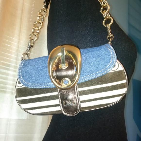 5a23ca85e4 Dolce   Gabbana Handbags - Vintage Dolce   Gabbana Denim   Velor Shoulder  Bag